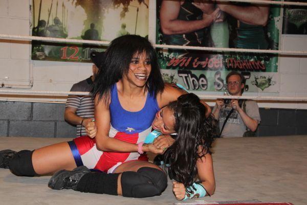 professional female wrestlers nude